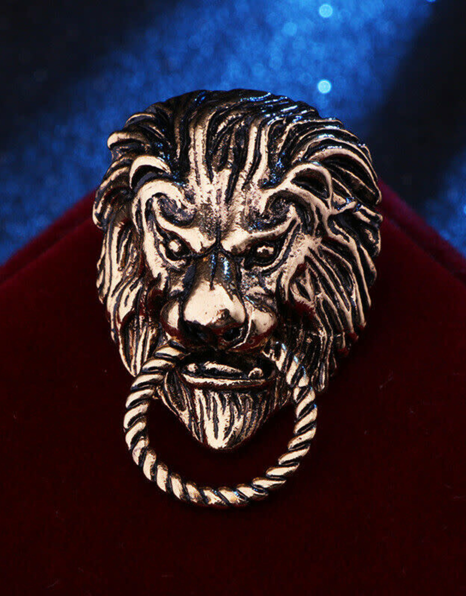 Lapel Pin Lion with Nose Ring