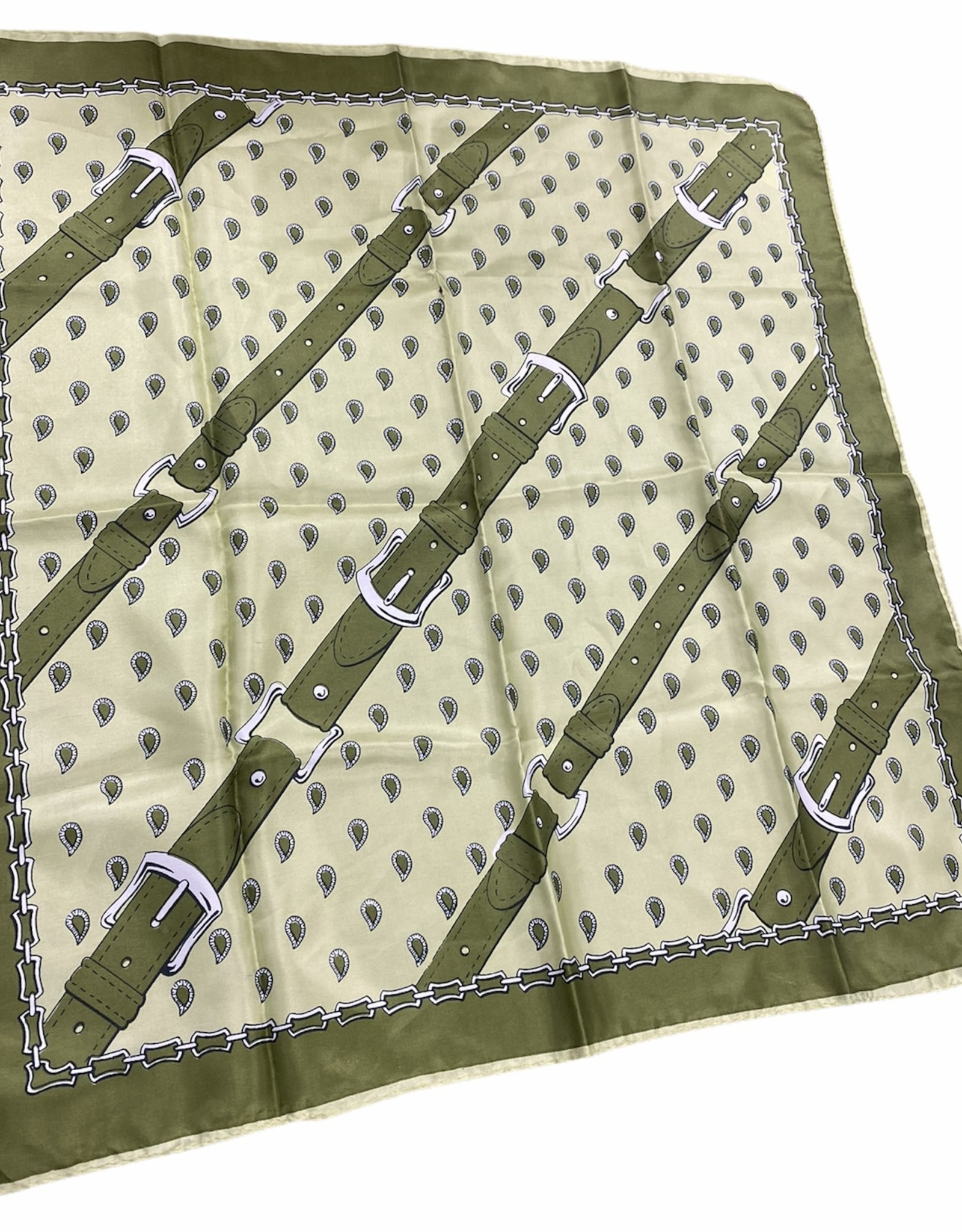 Fashion scarf green with buckle detail
