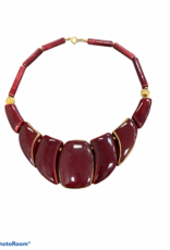 Cranberry bead necklace w/gold accents