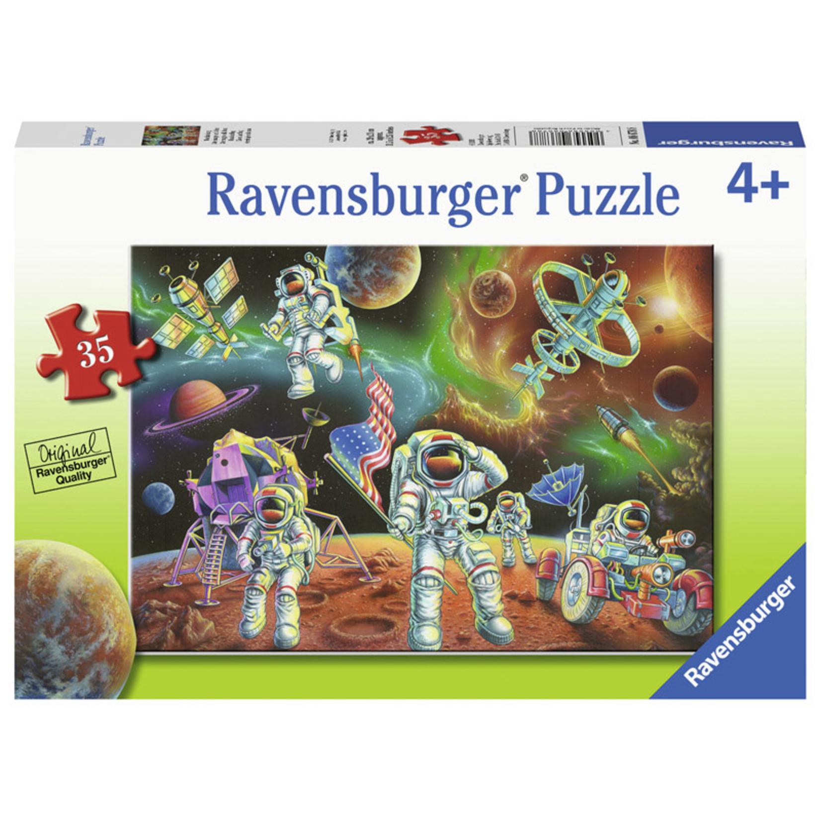 Ravensburger Moon Landing 35pc