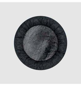 Canada Pooch Canada Pooch BIRCH Bed - Carbon Black MD
