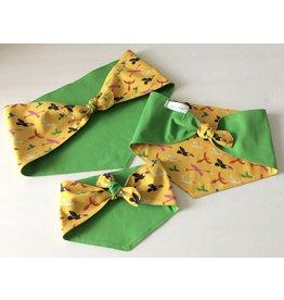 Sew Amalia Bandana - BrightBirds w. Green - M