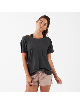 Vuori Vuori Women's Lux Performance Tee