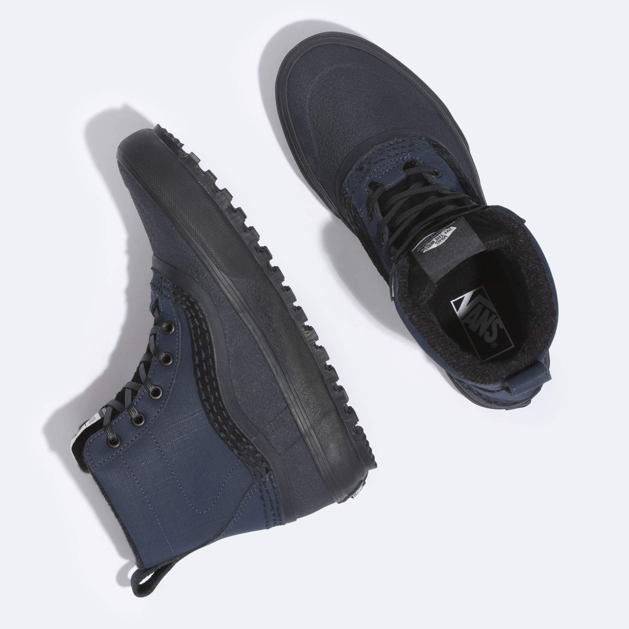 Vans Vans Standard Mid MTE Shoe