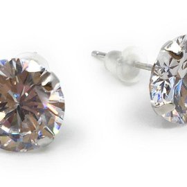 BALLOWEAR 10mm PIERCED EARRING by Ballowear