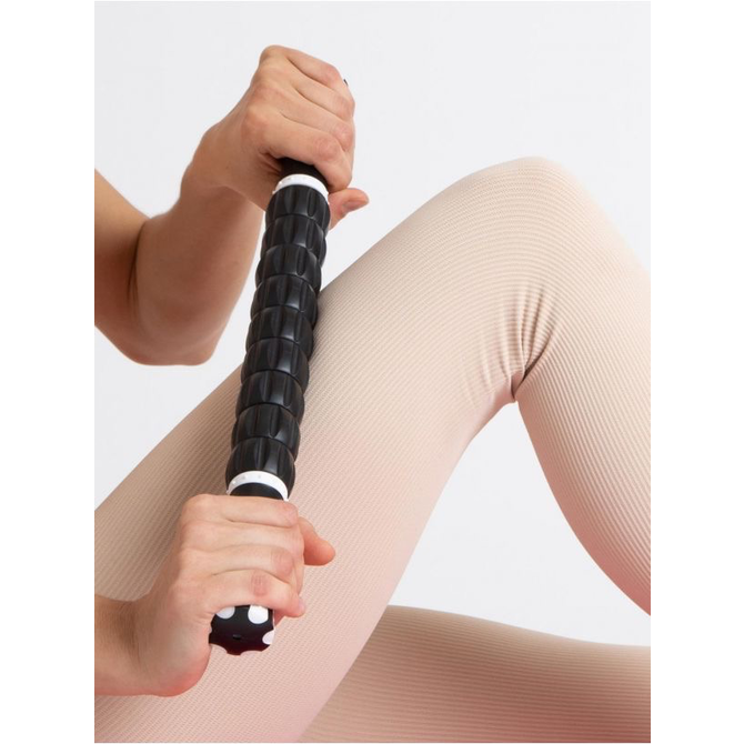 BUNHEADS ULTIMATE ROLLER by Capezio