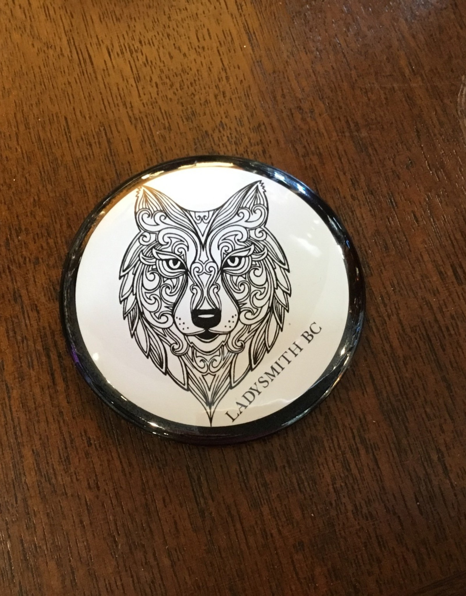 Ladysmith Wolf Magnet Black