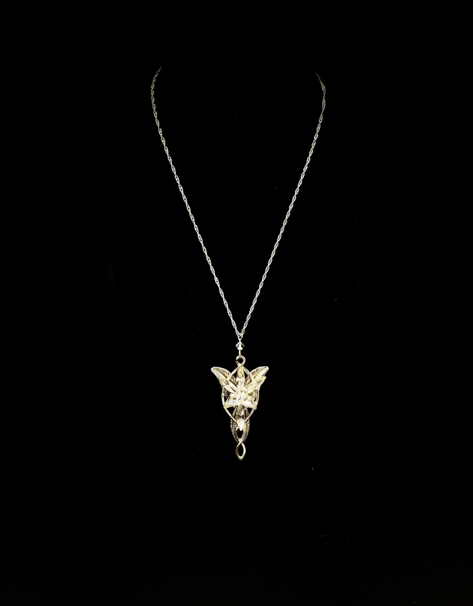 Jewelry - Lord of the Rings Elvish Necklace
