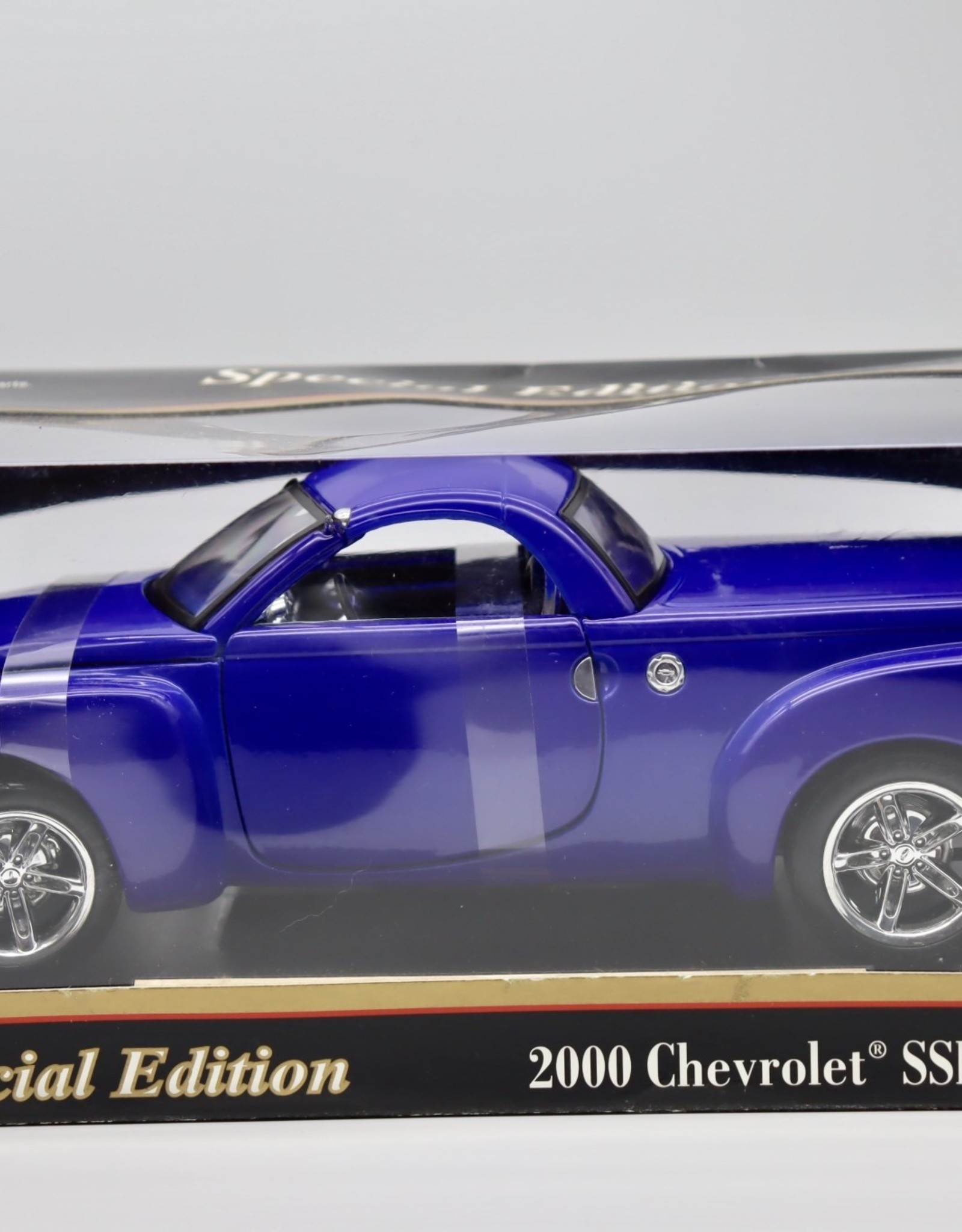 Purple Pigeon Treasures 2000 Chevy SSR - C80