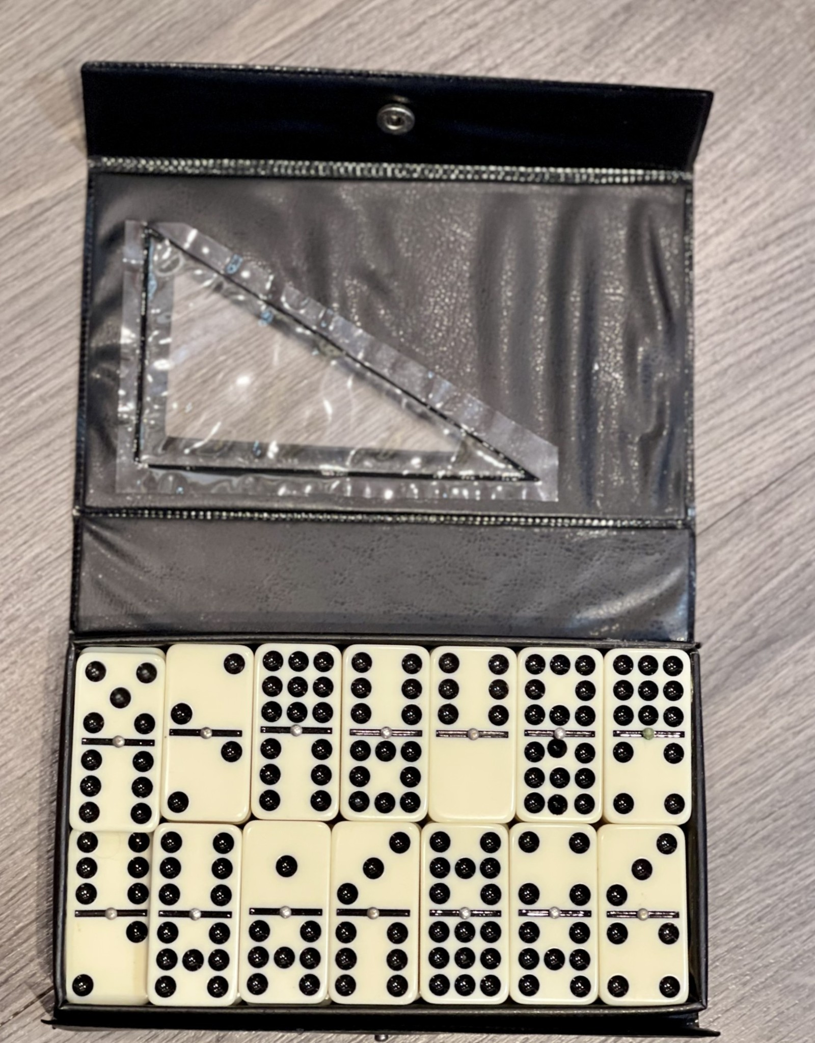 Domino Set - 1 Domino missing