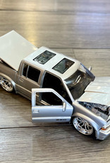 DieCast Car 2000 Chevrolet S10 - Out of Box