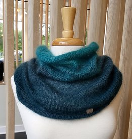 Nina Chicago Ombre Cowl Hood Kit