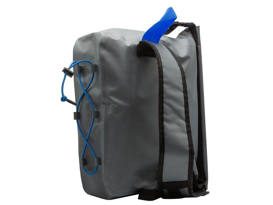 CHUMS CHUMS STORM SERIES - ROLLTOP SLING BAG