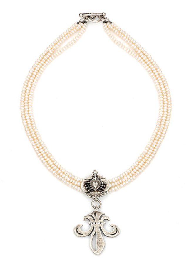 French Kande Triple Pearl With Heart Relier & Crystal Grande Fleur Medallion