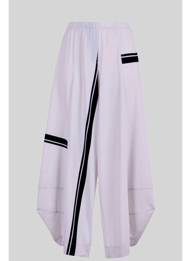 Alembika's Tekbika Stripe  White Punto