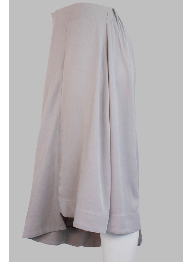 Ozai Hood Trouser In Silver