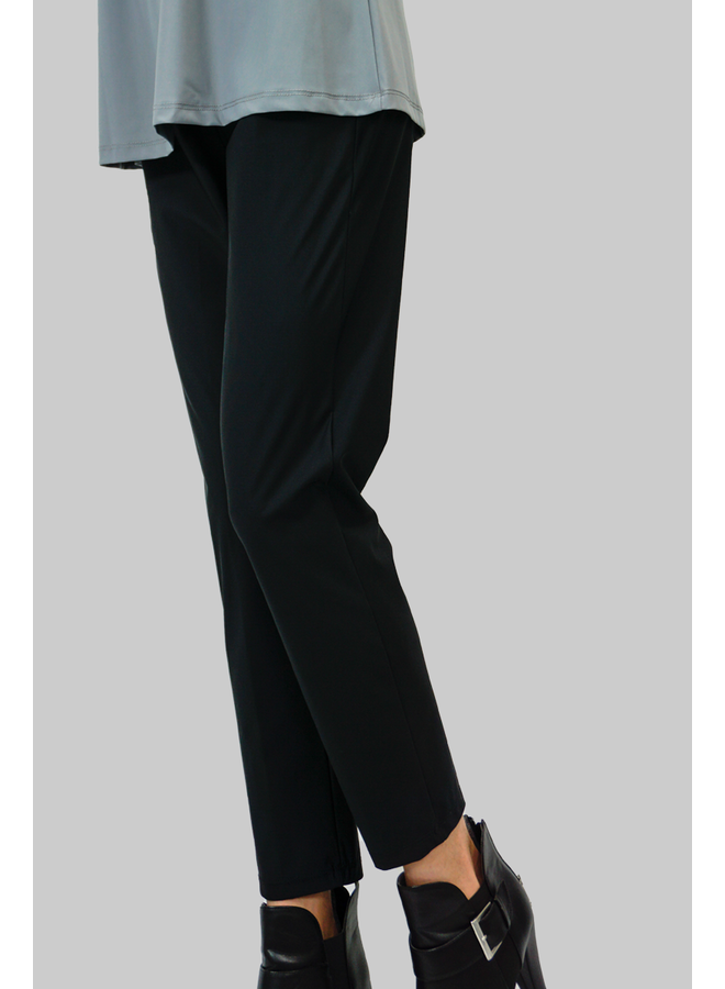 Comfy's Jason Slouch Slim Long Pants In Black