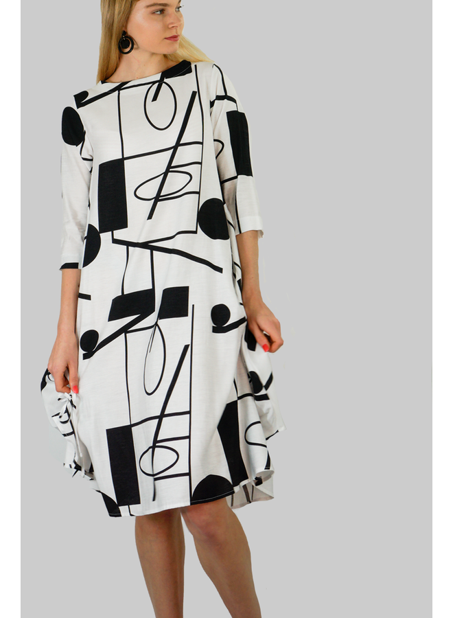 Terra Beatnik Dress In Black & White