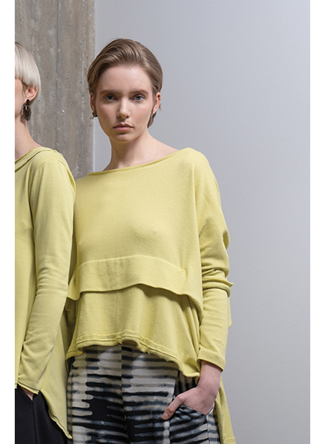 Ozai Briallen Top In Lime