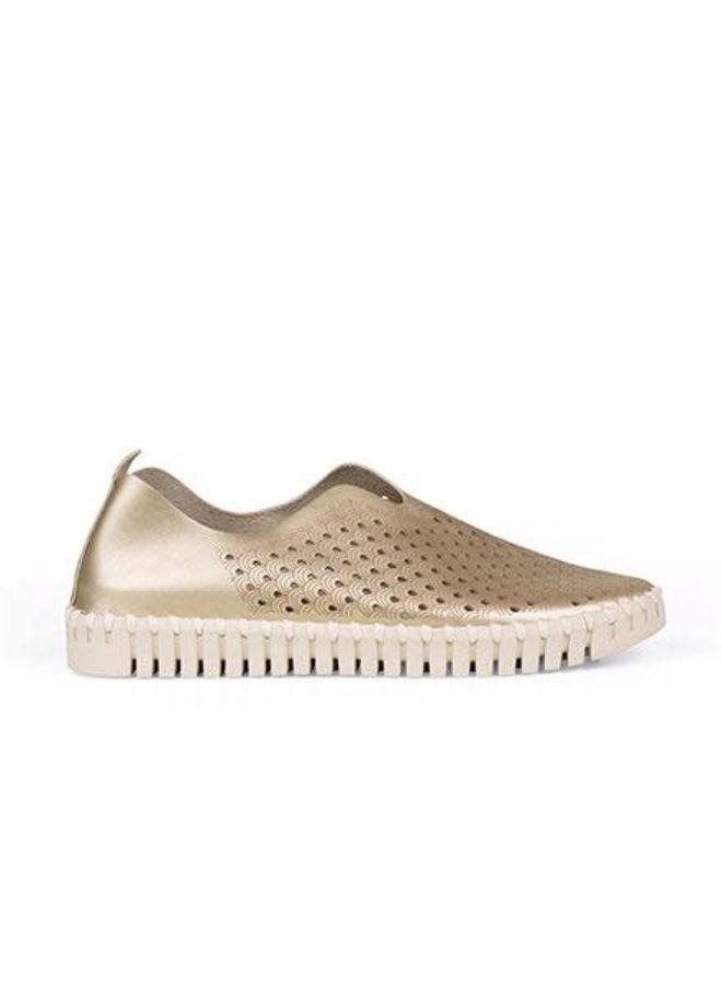 Ilse Jacobsen Metallic Tulip Shoe In Platinum