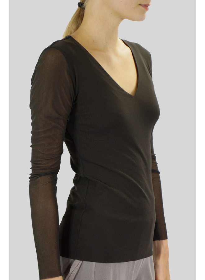 Petit Pois V-Neck Top In Chocolate