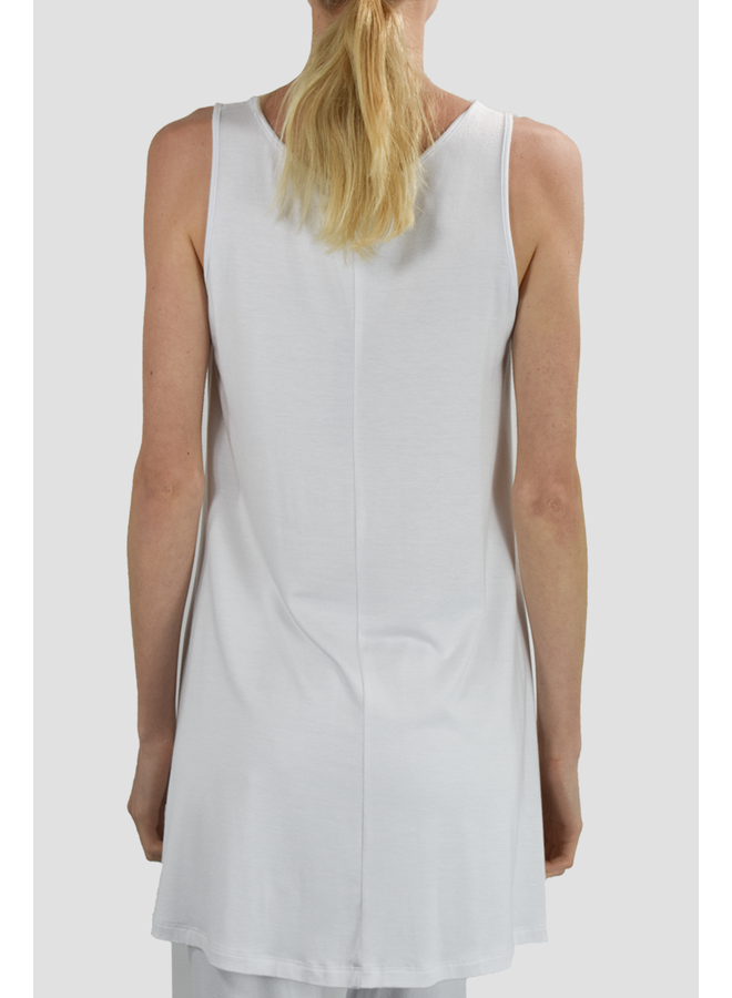 Comfy Sleeveless Tunic Top In White