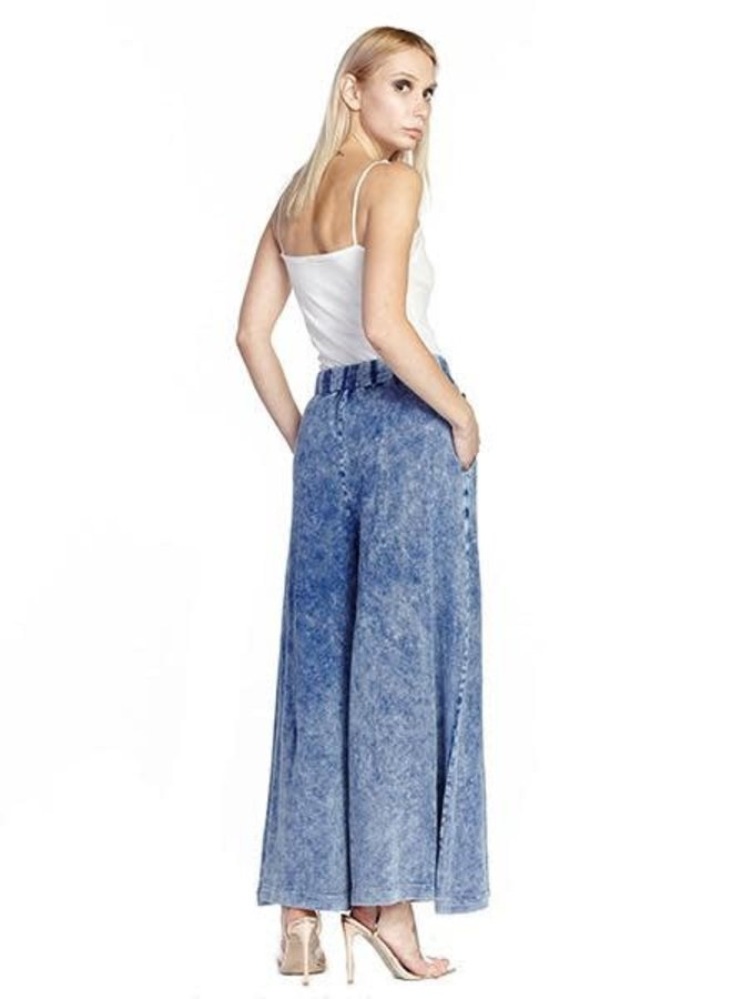 Aratta's She Does Not Care Pant In Denim Wash