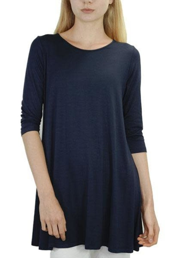 Comfy 3/4 Sleeve Tunic Top In Navy