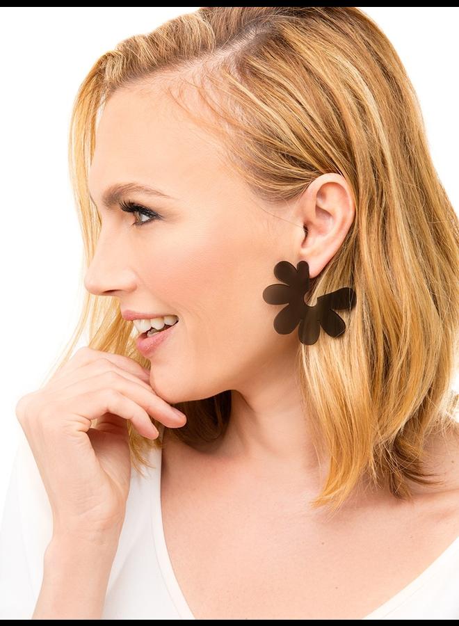 Flat Lucite Flower Earrings In Yellow