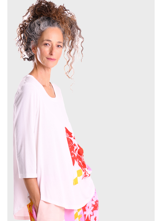 Alembika Tee With Floral Pocket