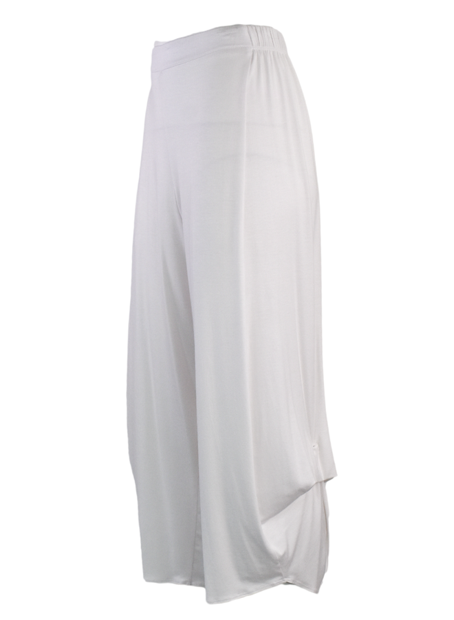 Comfy's Flat Front Ankle Pant In White