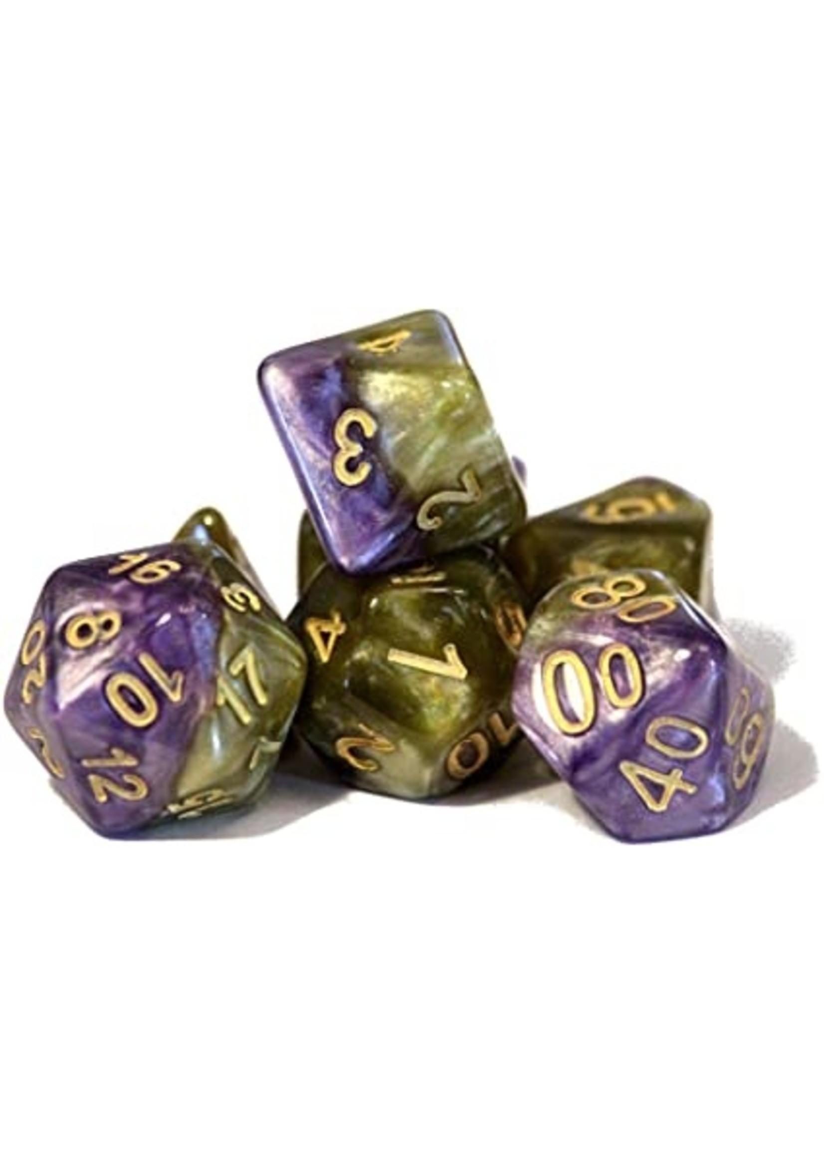 Halfsies Dice: Queen`s Dice -  (7 Polyhedral Dice Set)