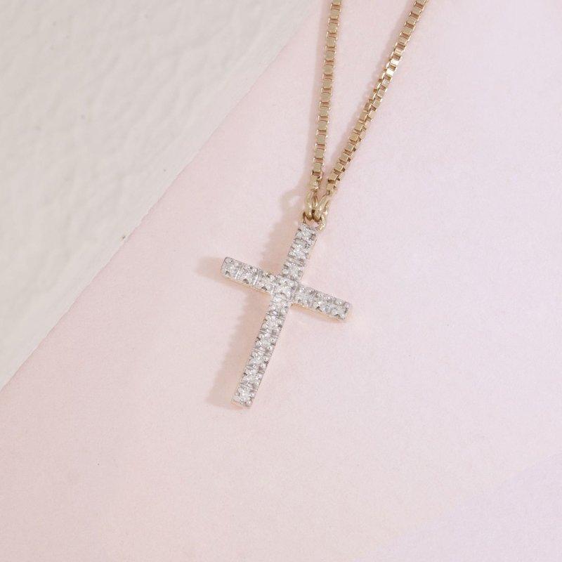 Ella Stein Believe Cross Necklace .04 Diamond Weight - Gold