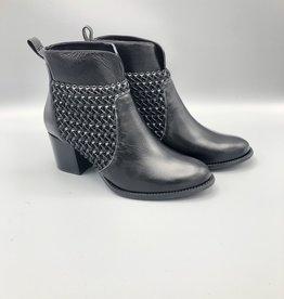 Maithe Maithe Braided Leather Round Toe Bootie