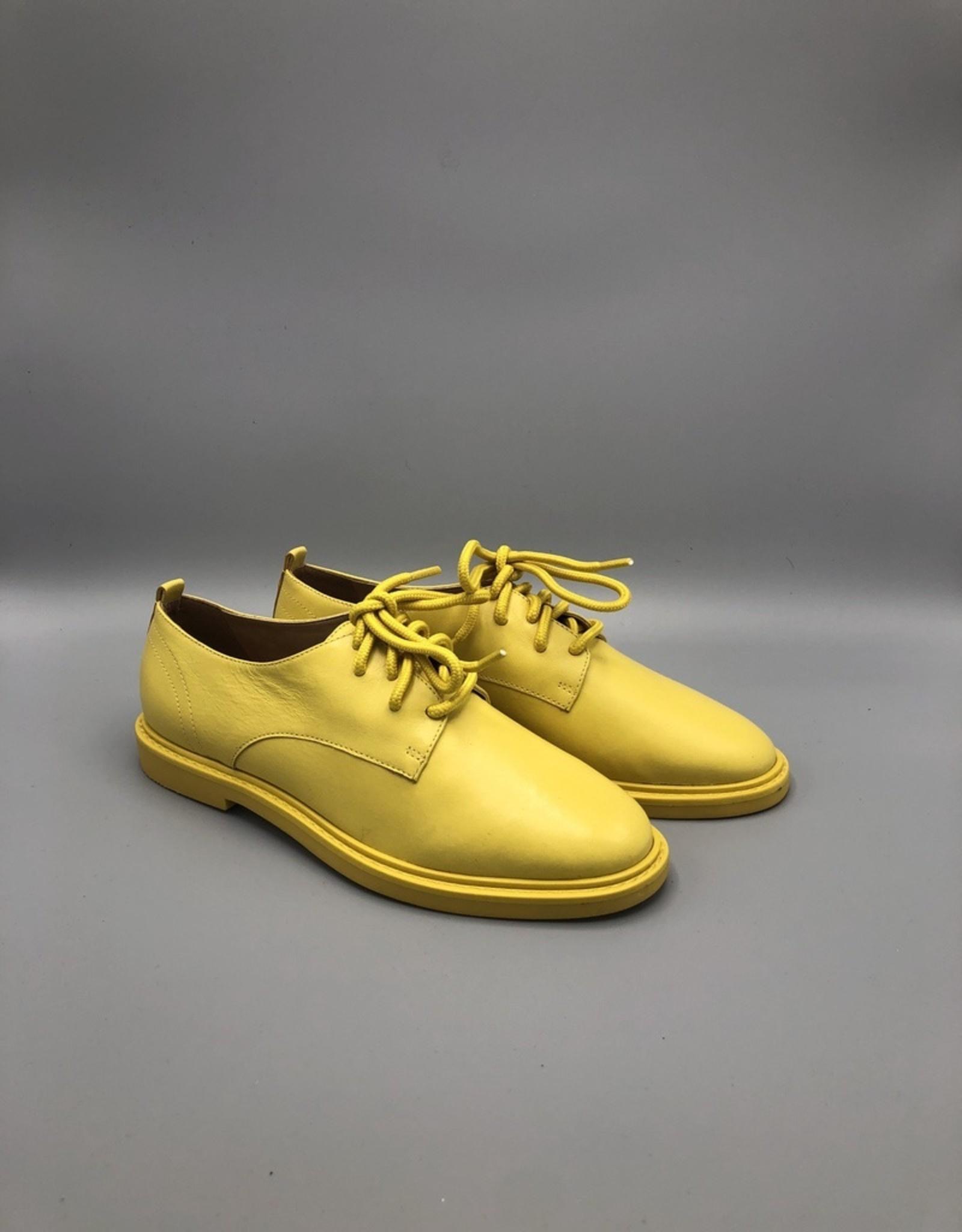 Carrano Bruno Menegatti Round Toe Leather Derby Shoe