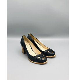 Lorraci Front Pieced Round Toe Pump