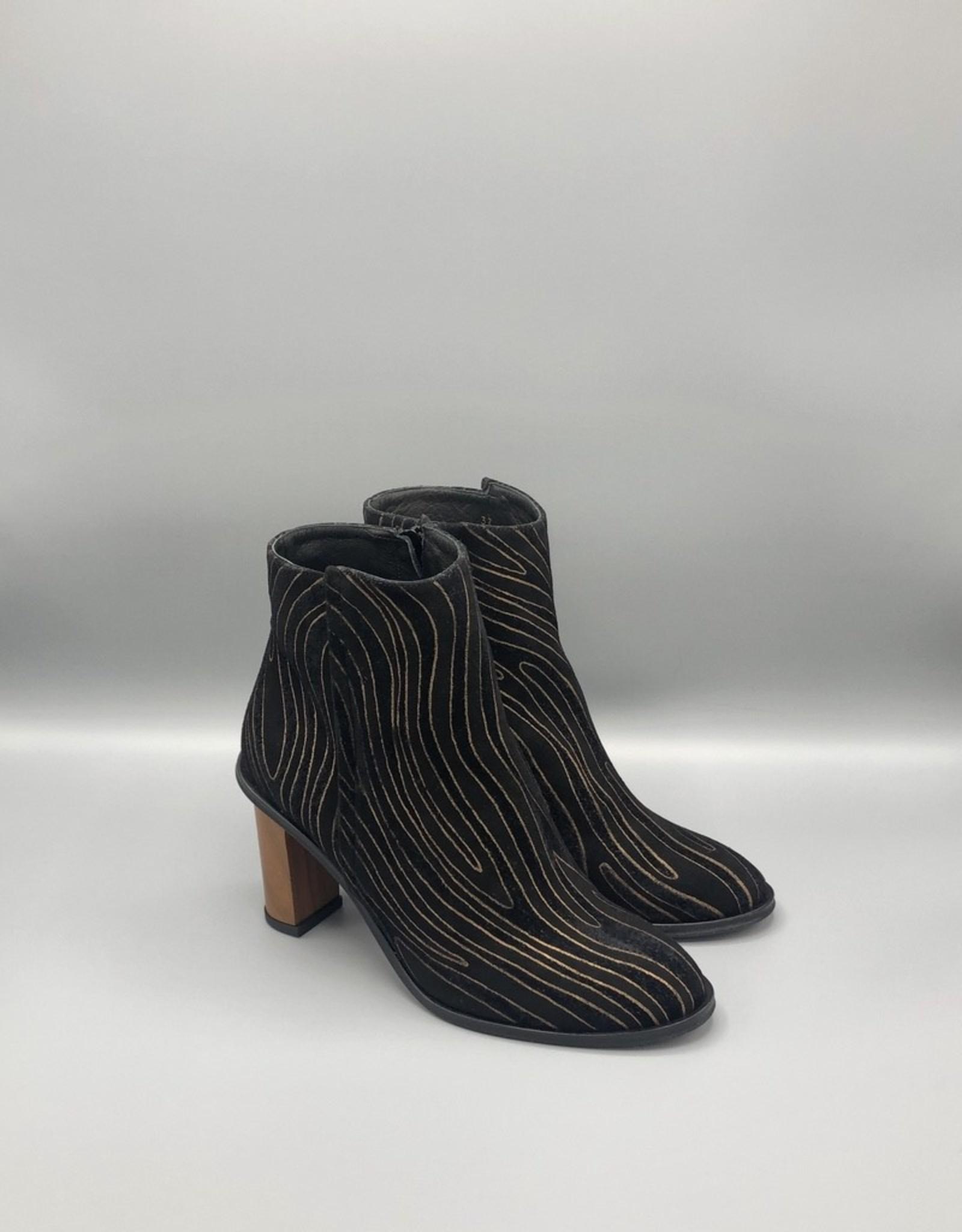 Thiron Thiron Wood Heel Round Toe Topo Print Ankle Boot