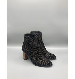 Thiron Wood Heel Round Toe Topo Print Ankle Boot