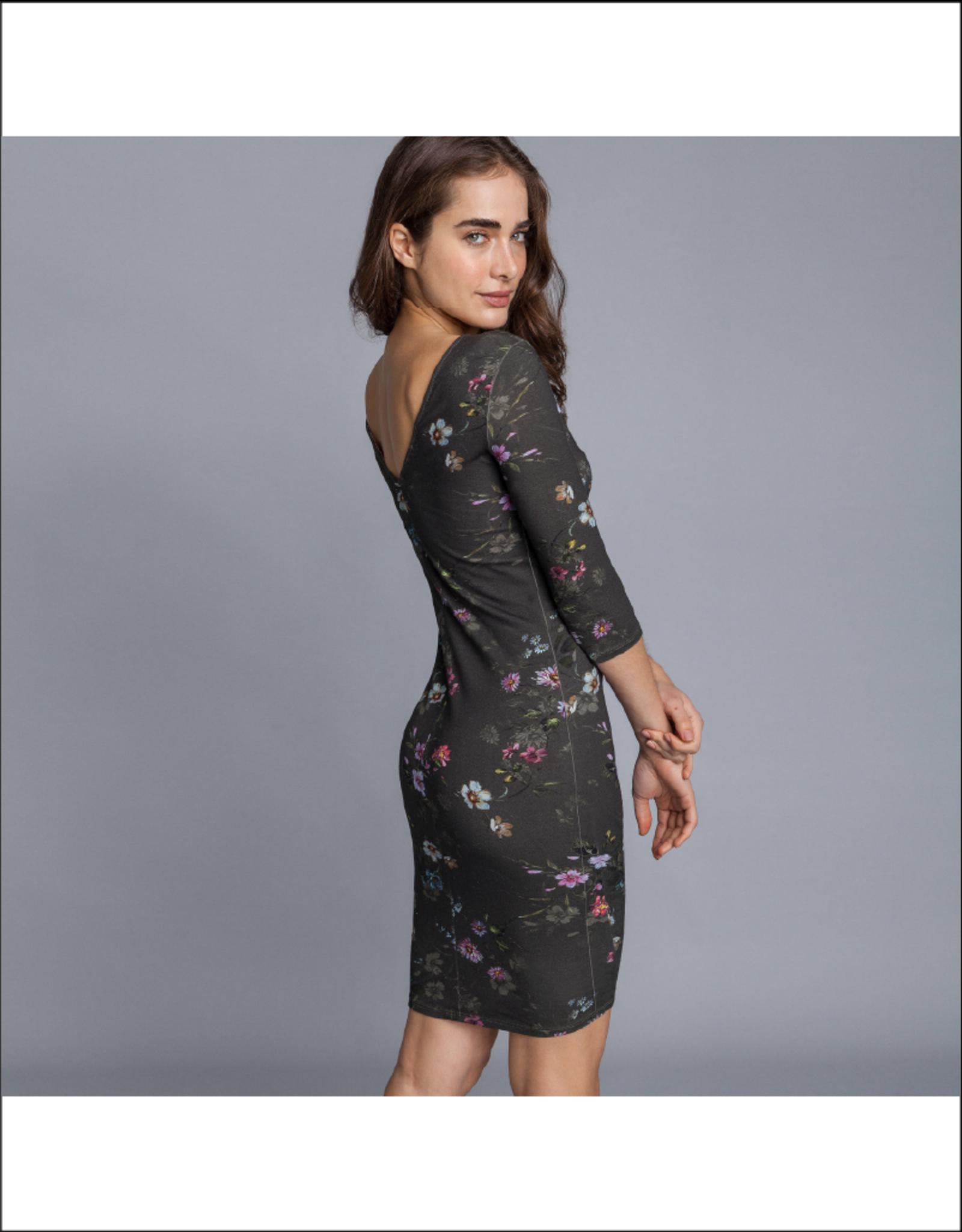 Lezalez V-Back Printed 3/4 Sleeve Bodycon Dress