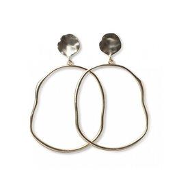 YaYa Hammered Oval Hoop Earrings