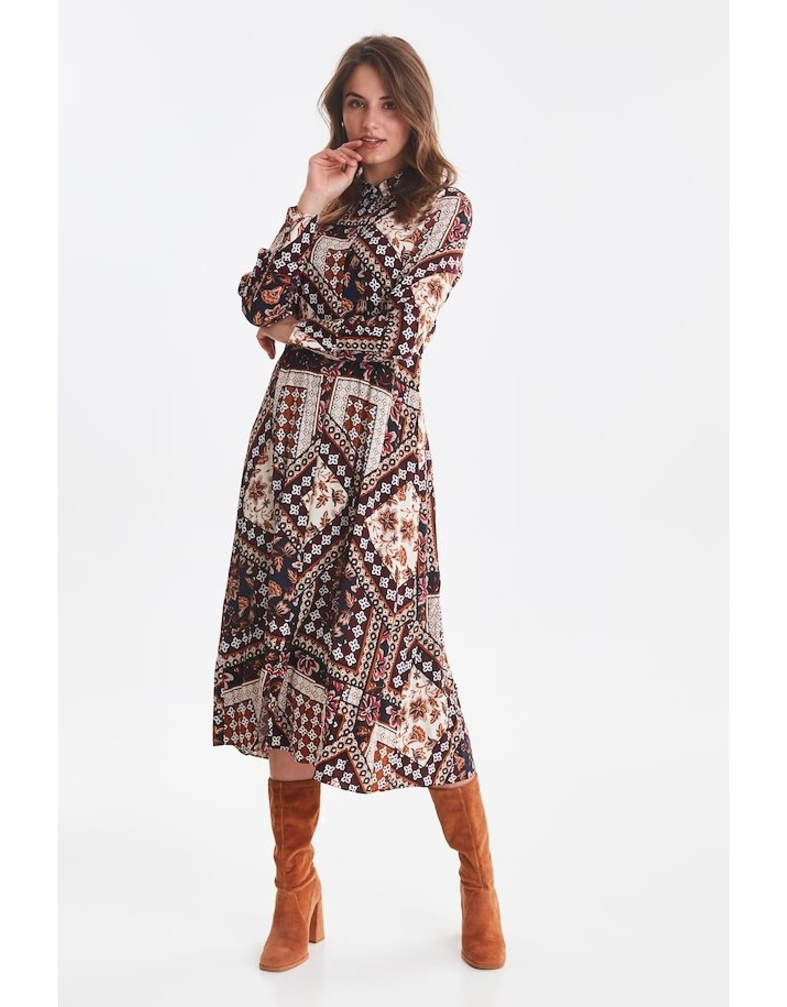 B. Young Printed Long Dress W/Buttons