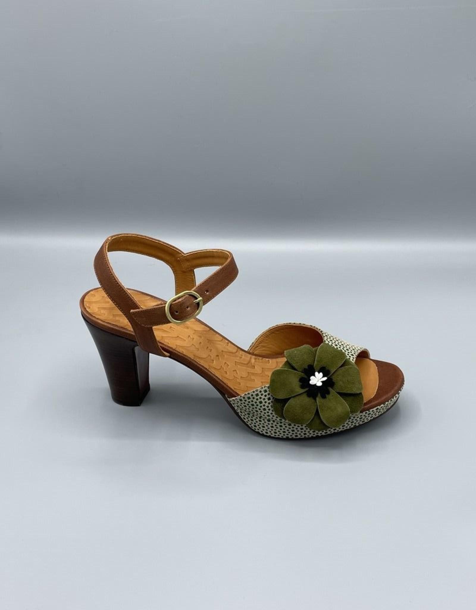 Chie Mihara Edilma Open Toe Flower Platform | 56mm