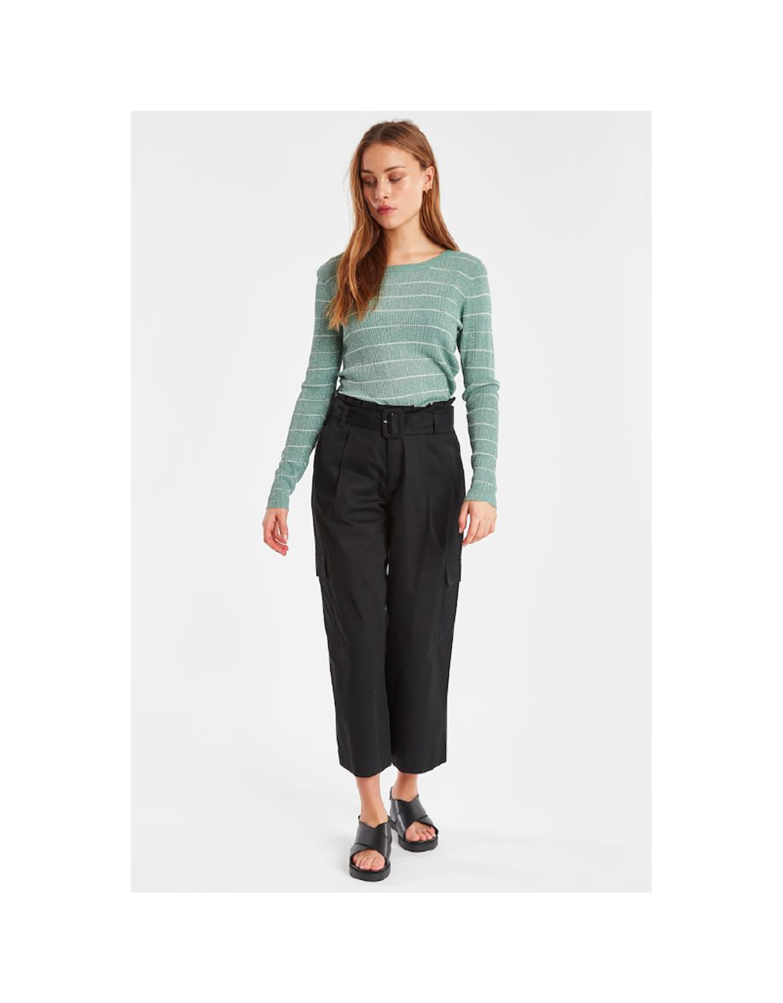 ICHI Lucca Cropped Wide Leg Cargo Pant