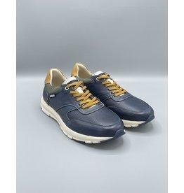 Pikolinos Reus Thick Sole Pre-Tied Sneaker