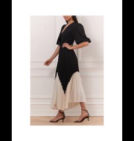 Iris Pleated Midi Contrast Bottom Skirt (2 Colours Available)