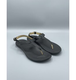 Ekekeu Heel Buckle Sandal (2 Colours Available)