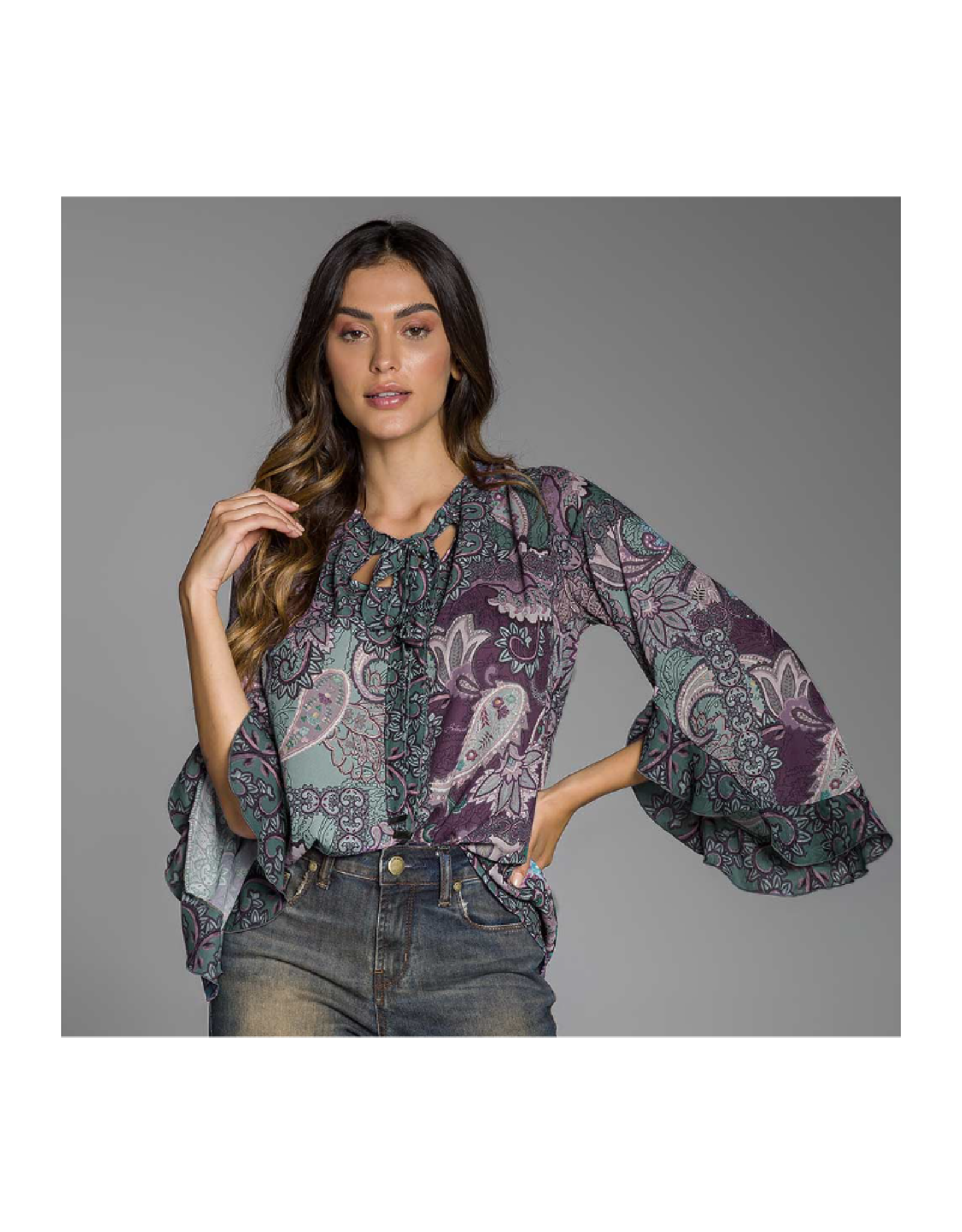 Intuicao Wide Sleeve Printed Blouse