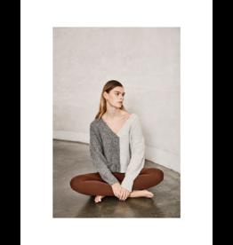 ICHI Thick Rib V-Neck Sweater