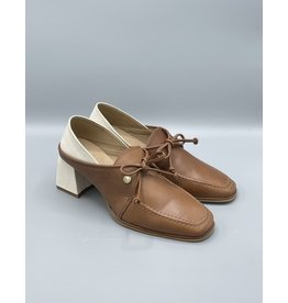 Stivali Focus Leather Heeled Derby (2 Colours Available)