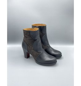 Chie Mihara Carel Leather Scallop Boot